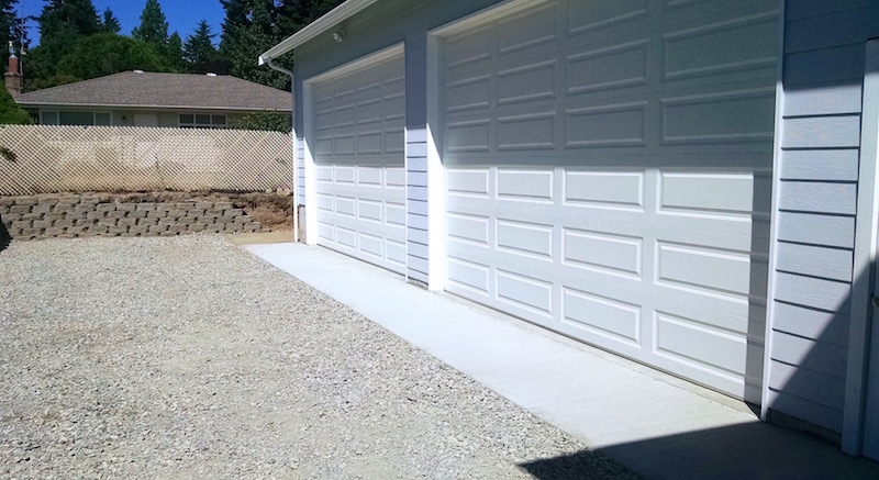 attached_garage_builder